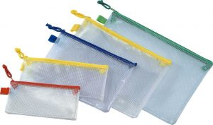 Mesh-PVC-zipper-bag-1716157198-300x177 Vinyl mesh zipper pouches